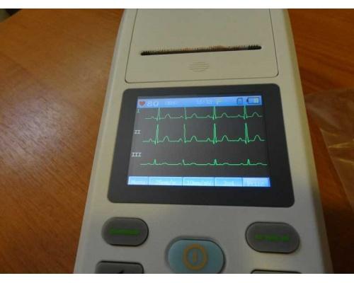 Καρδιογράφος τρικάναλος τσέπης CONTEC 90A