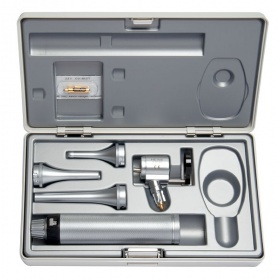 Heine veterinary diagnostic set I