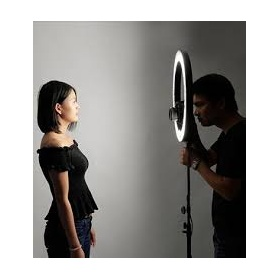 Επαγγελματικός Φωτισμός- Ring Lamps